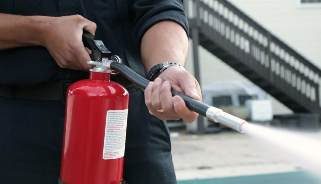Know How To Use A Fire Extinguisher!!